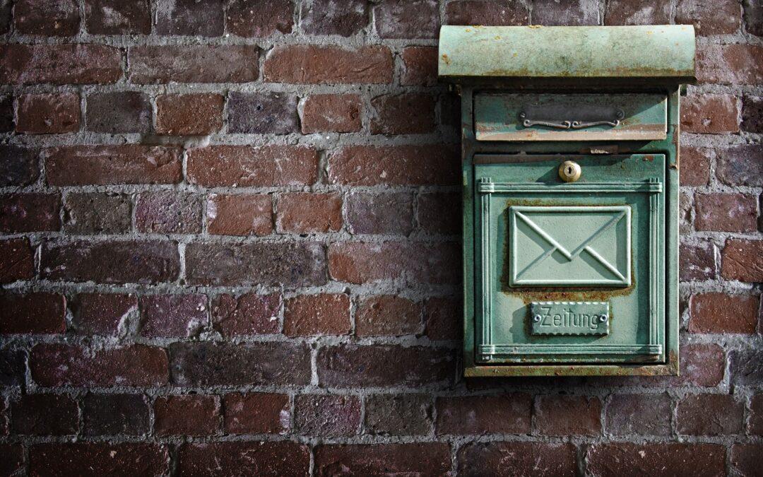 Konieczność zachowania staranności przy zapewnieniu odbioru korespondencji w okresie nieobecności – wyrok Naczelnego Sądu Administracyjnego